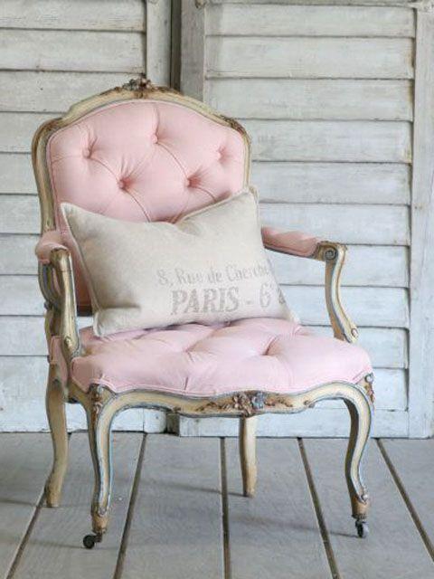 rose quartz dom z duszą pantone (18)