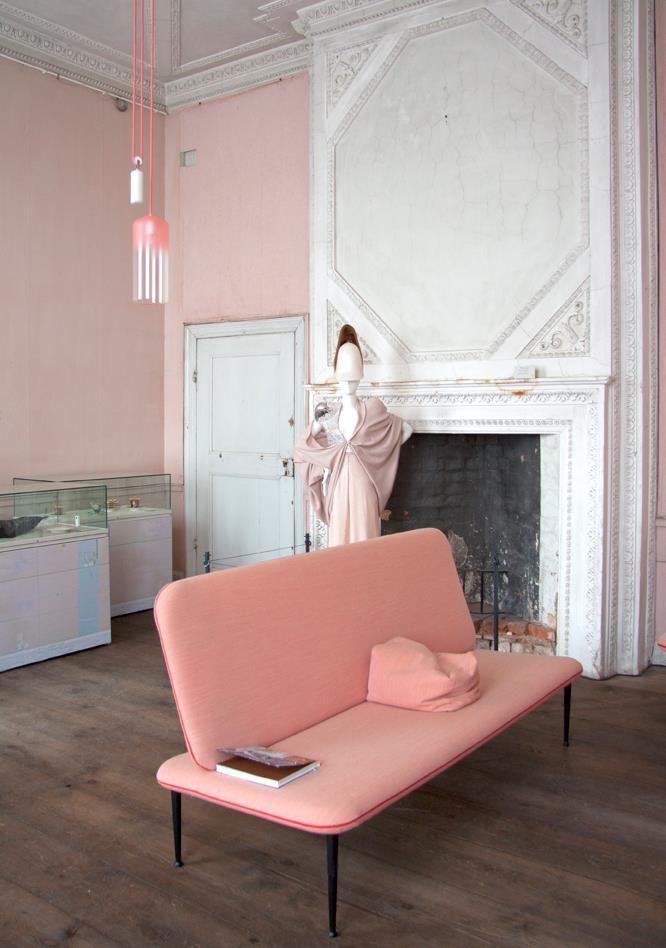 rose quartz dom z duszą pantone (33)
