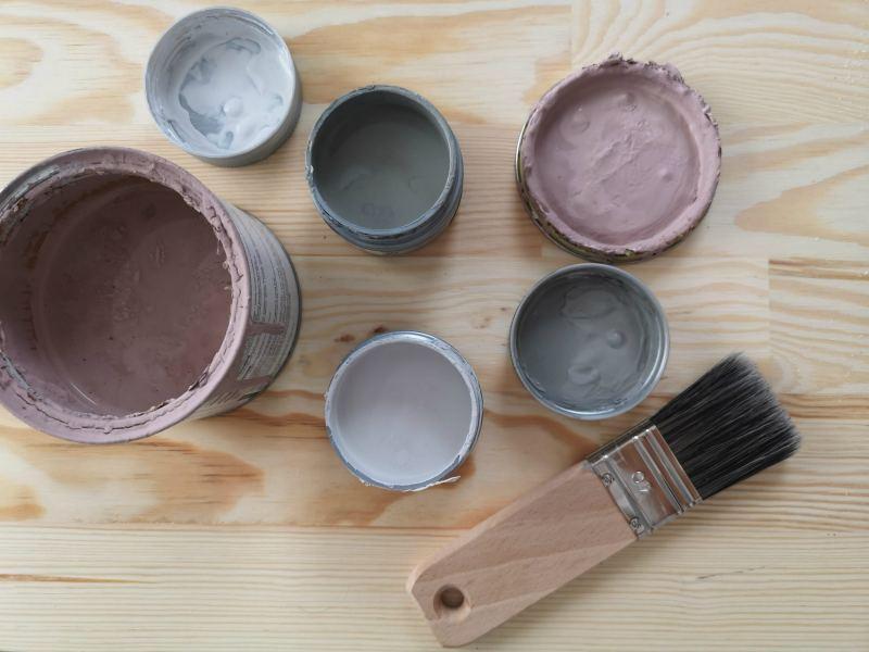 Farba kazeinowa - jak malować? Opinie i recenzje oraz poradnik